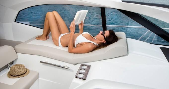 Rental yacht Antibes - Jeanneau Leader 36 Open on SamBoat