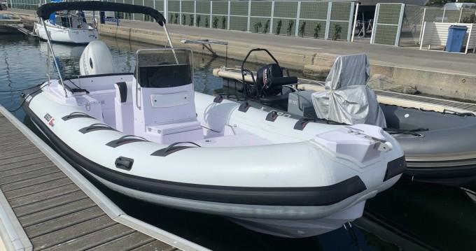 Boat rental Port-Camargue cheap Selva D650 Family