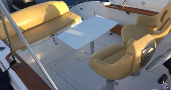 Rental Motorboat in Villeneuve-Loubet - Sessa Marine Key Largo 26