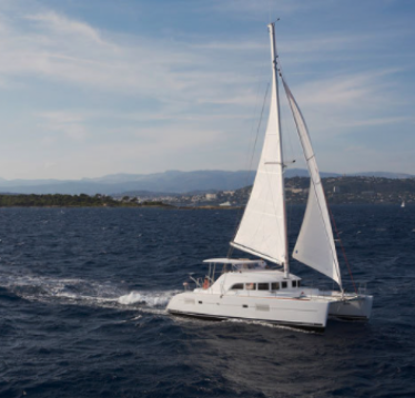 Hire Catamaran with or without skipper Lagoon Mahé