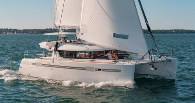 Rental Catamaran in Mahé - Lagoon Lagoon 450 Sport Top