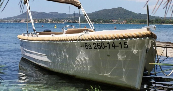 Rental Motorboat Silver with a permit