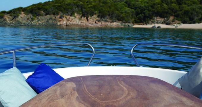 Rental Motorboat in Propriano - Jeanneau Cap Camarat 625