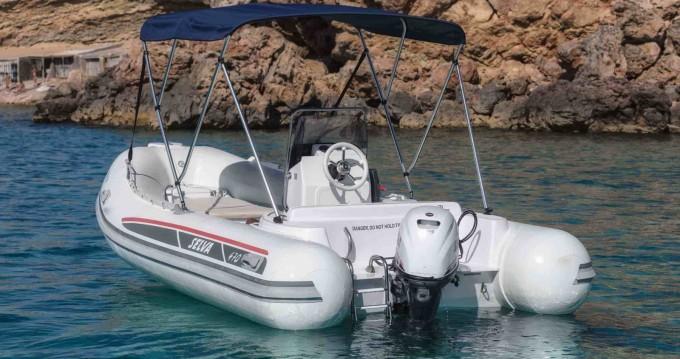 Boat rental Ibiza Town cheap Selva D470