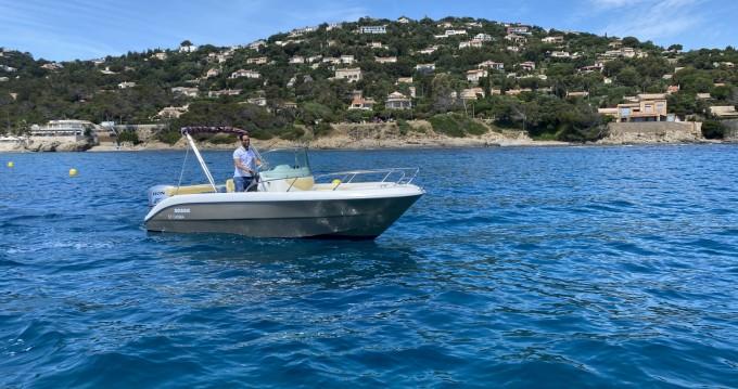 Boat rental Sessa Marine Key Largo 20 Deck in Fréjus on Samboat