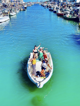 Motorboat for rent Carnon-Plage at the best price