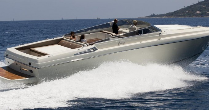 ASTERIE 50 between personal and professional Port Cogolin