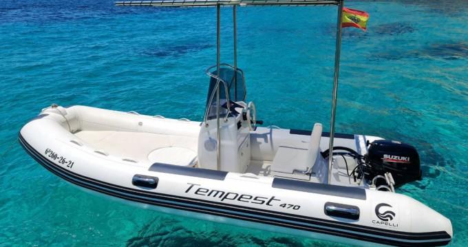 Boat rental Capelli Tempest 470 in Badia de Santa Ponça on Samboat