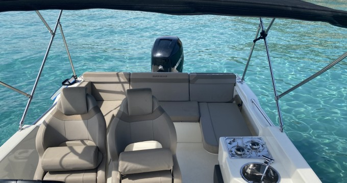 Rental Motorboat in Le Lavandou - Quicksilver Activ 755 Sundeck