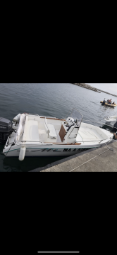 Hire Motorboat with or without skipper Conero Marseille