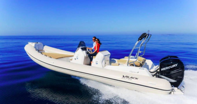 Hire RIB with or without skipper Black Fin Sète