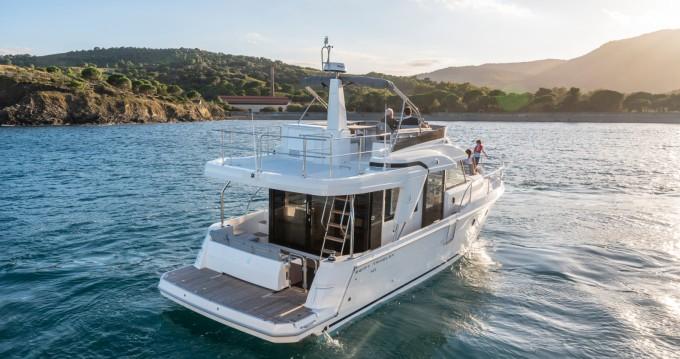 Rent a Bénéteau Swift Trawler 41 Fly Palma de Mallorca
