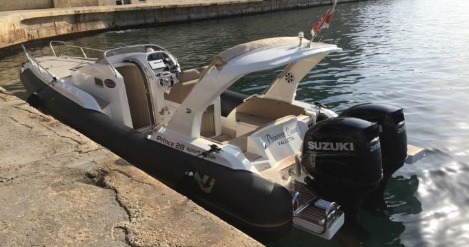 Boat rental Nuova Jolly Prince 28 Sport Cabine in Imsida on Samboat
