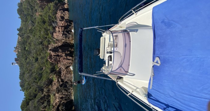Hire Motorboat with or without skipper Arkos Saint-Raphaël