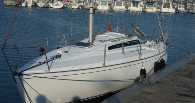 Rental Sailboat Jouet with a permit