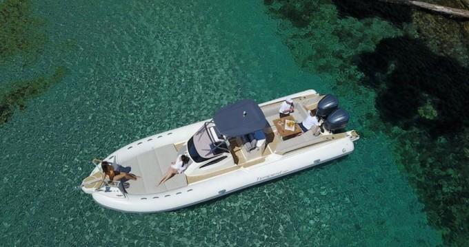 Boat rental Capelli Capelli 1000 CC in Ajaccio on Samboat