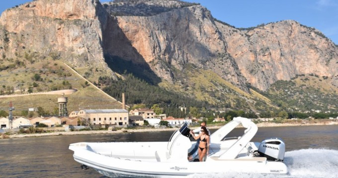 Rent a Altamarea Wave 24 Palermo