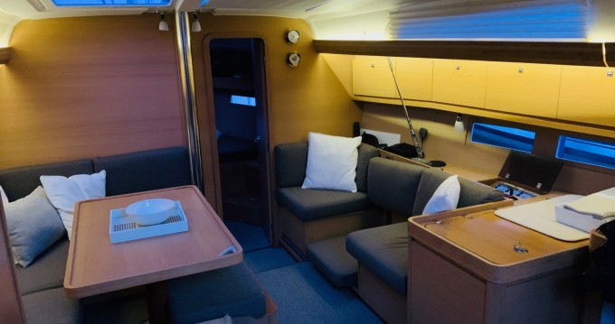 Dufour Dufour 410 Grand Large between personal and professional Lisbon