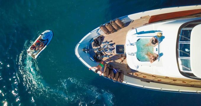 Hire Yacht with or without skipper Mondomarine Porto-Vecchio