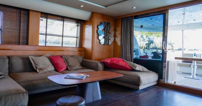 Boat rental Mondomarine Mondomarine 82 in Porto-Vecchio on Samboat
