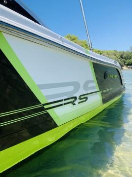Rental Motorboat in Zadar - Four Winns H 190 RS