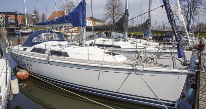 Boat rental Hanse Hanse 355 in Kortgene on Samboat