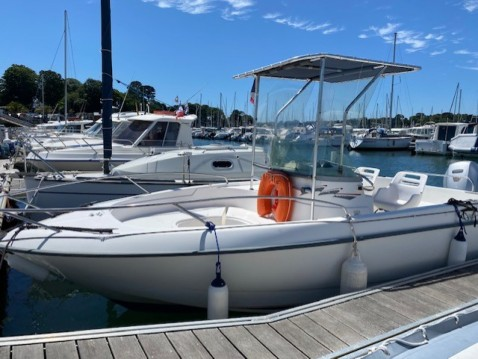 Hire Motorboat with or without skipper B2 Marine Bénodet
