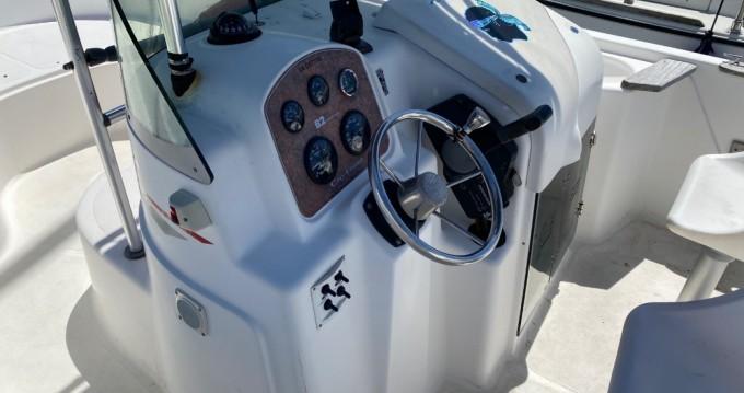 Motorboat for rent Bénodet at the best price