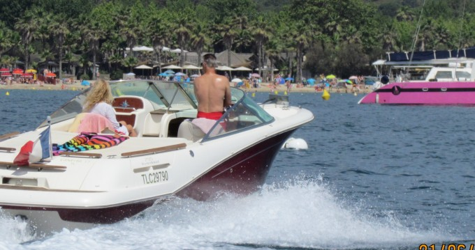 Hire Motorboat with or without skipper Jeanneau Port Grimaud