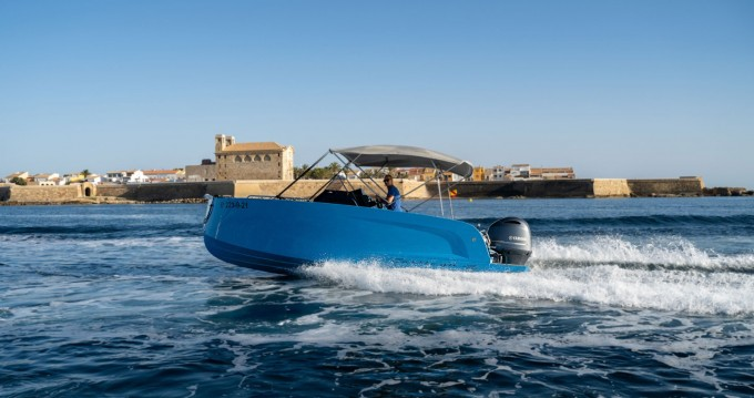 Rental Motorboat BOATS MAK 365 with a permit