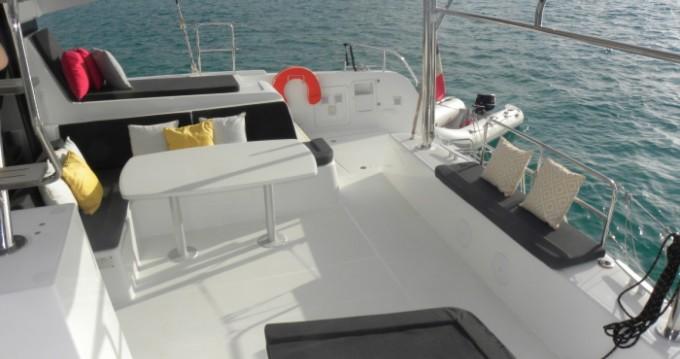 Rental Catamaran in Anse Marcel - Lagoon Lagoon 42
