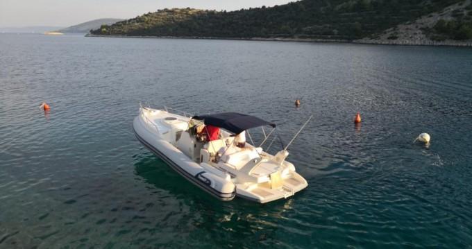 Boat rental Split cheap Marlin Boat 29 Efb