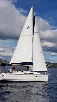 Rent a Jeanneau Sun Odyssey 32i Cavalaire-sur-Mer