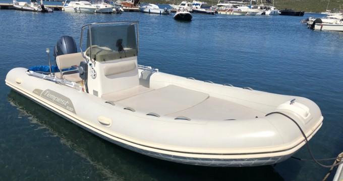 Rental yacht Porto Pozzo - Capelli Tempest 530 Open on SamBoat