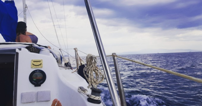 Sailboat for rent Athens at the best price