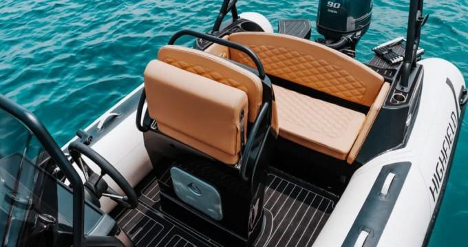 Rental Motorboat in Mali Lošinj -  Highfield Sport 560