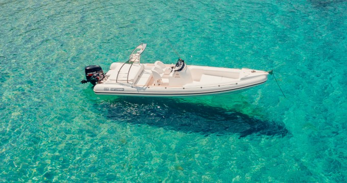 Hire RIB with or without skipper Motomarin Spetses Port