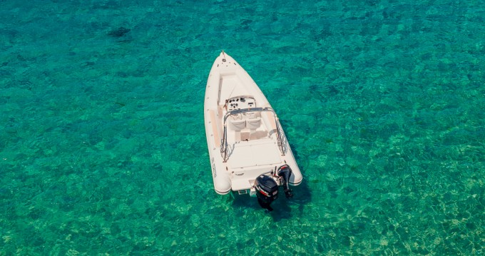 Boat rental Spetses Port cheap Moto Marine SuperOnda