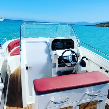 Boat rental Pacific Craft Pacific Craft 750 Open in Saint-Florent on Samboat