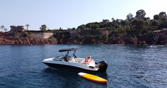 Boat rental Bayliner VR6 - BOWRIDER in Mandelieu-la-Napoule on Samboat