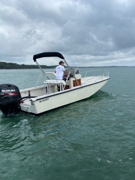 Hire Motorboat with or without skipper Boston Whaler Lège-Cap-Ferret