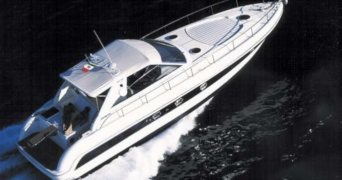 Rental Motorboat Gianetti with a permit