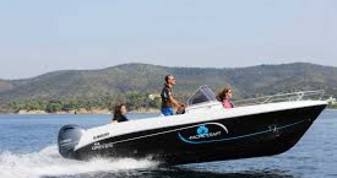 Rental Motorboat in Le Canon - Pacific Craft Pacific Craft 670 Open Trendy