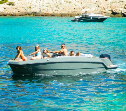 Rental yacht Santa Eulària des Riu - Magonis Wave on SamBoat