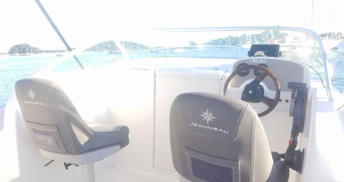 Rental yacht Vannes - Jeanneau Leader 545 Hb on SamBoat