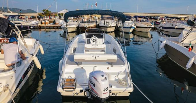 Rental Motorboat in Salerno - TRIMARCHI 62s