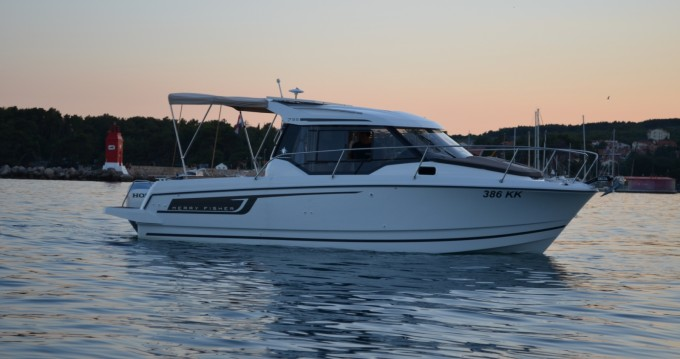 Hire Motorboat with or without skipper Jeanneau Krk