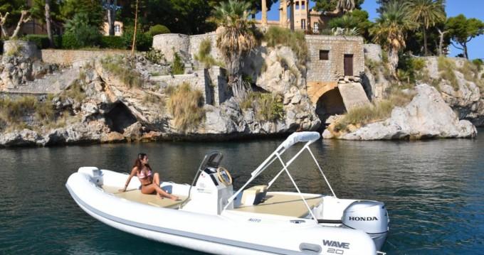 Boat rental Altamarea Wave 20 in Palermo on Samboat