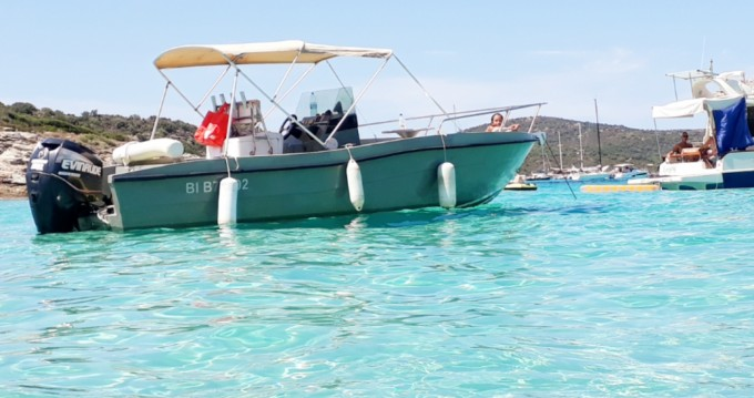 Rental yacht Saint-Florent - cap marine guppy 655 open on SamBoat
