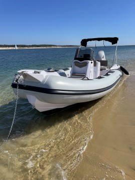 Boat rental Ranieri Cayman 21 Sport in Port d'Arcachon on Samboat